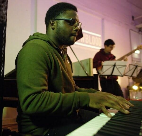 New jazz music: introducing Deschanel Gordon on keys